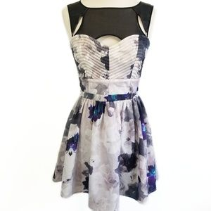 STYLE STALKER Gray Floral Dress Mesh Quilted 4